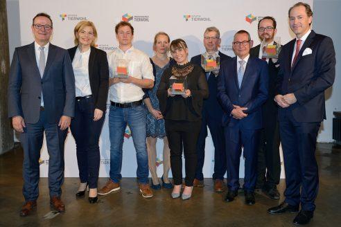 Initiative Tierwohl: Schweinehalter gewinnen Innovationspreis Tierwohl