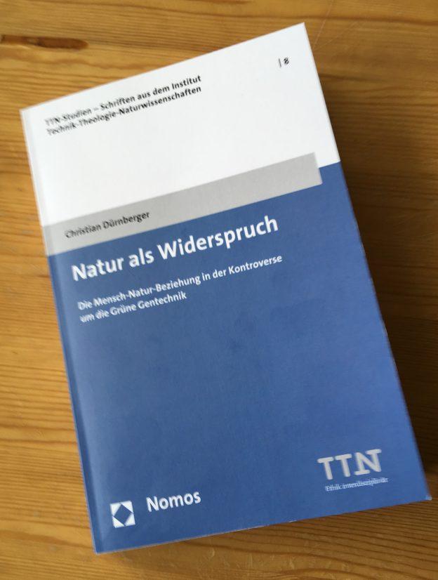 """""""Natürlich"""" gegen Gentechnik? Christian Dürnberger spürt die Quellen des Disputs auf"""